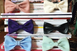fall essentials group of bows
