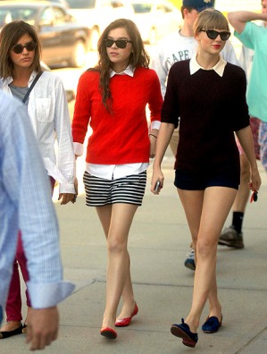 1369761663_taylor-swift-hailee-steinfeld-jessica-szohr-article