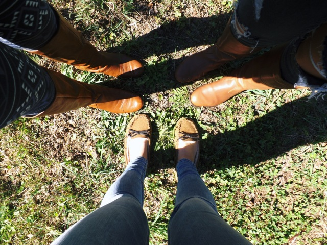 apple picking shoes